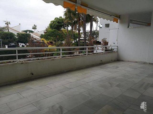 Piso en alquiler en San Pedro de Alcántara pueblo en Marbella (Atalaya Isdabe, Málaga)