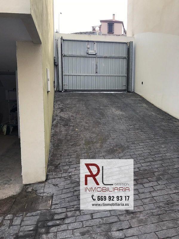 Casa pareada en venta en Pizarra (Pizarra, Málaga)