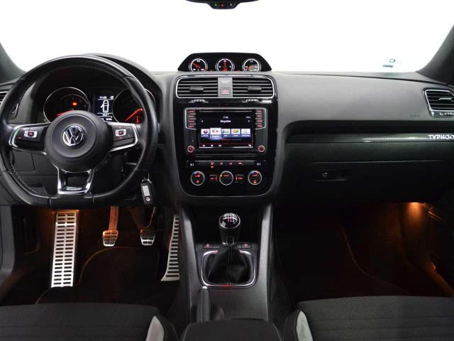 Volkswagen Scirocco R-Line 2.0 TSI 180CV BMT