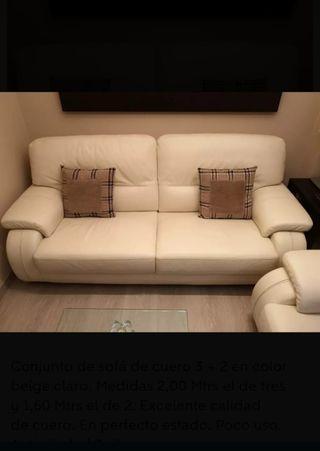 Conjunto sofás beige 3+2 piel nuevos