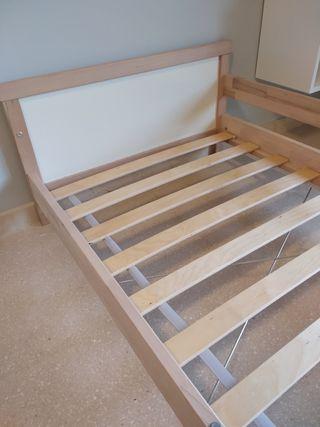 cama madera sniglar ikea.