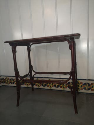 mesa pequeña, mesita, mesilla vintage tipo thonet,