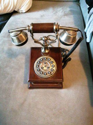 Telefono madera antiguo