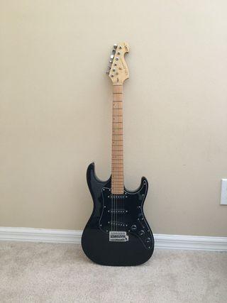 Guitarra kirk hammett student series
