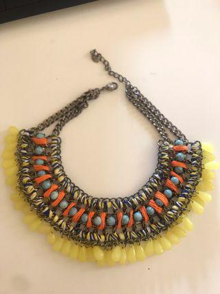 Collar multicolor Zara