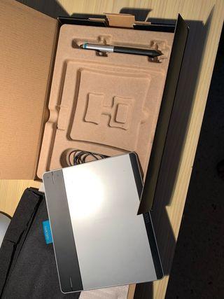 Tableta digitalizadora Wacom Intuos
