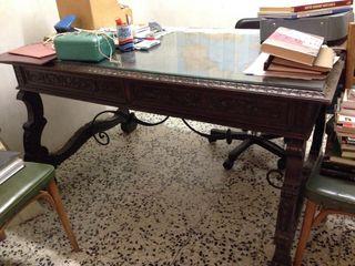 Mesa de despacho clásica