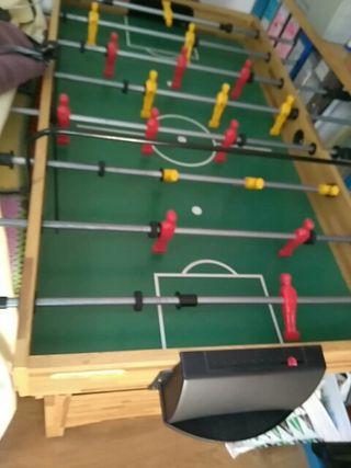 futbolín y más juegos