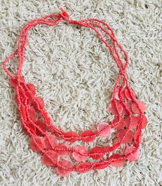 Collar abalorios coral