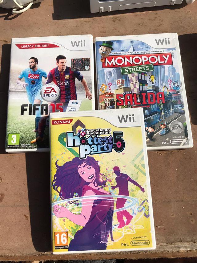 Lote Wii + accesorios y juegos