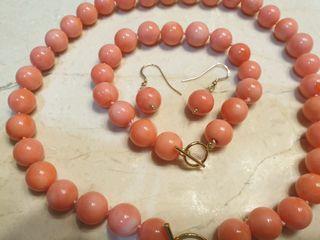 conjunto coral rosado y oro