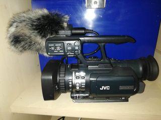 JVC gy hm 100E ProHD