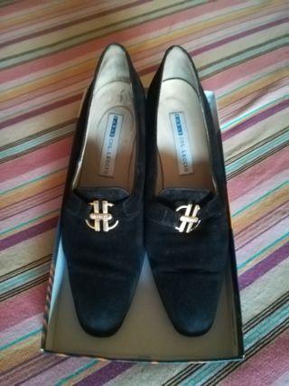 Zapatos mujer de ante color negro