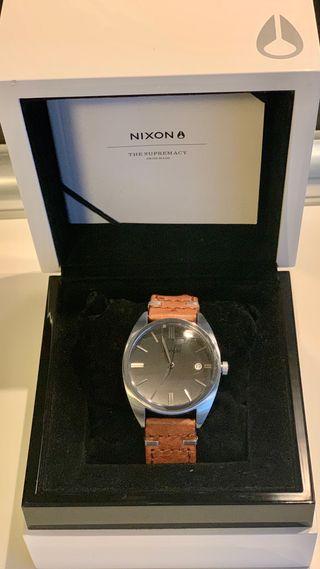 Reloj Nixon automático - The Supremacy