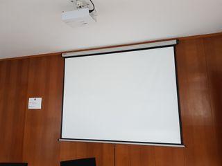 Proyector ACER y pantalla