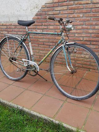 bicicleta antigua Suiza