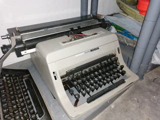 máquina escribir olivetti 90