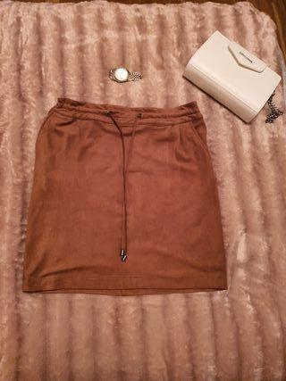 Falda marrón de Springfield.