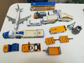 Lote vehículos aeropuerto