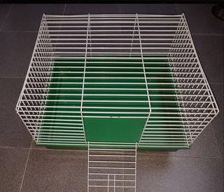 Jaula para roedores. Poco uso.