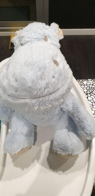 peluche bebe hipopótamo