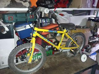 se vende bicicleta pequeña