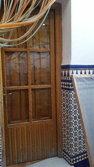 puertas de paso con postigo