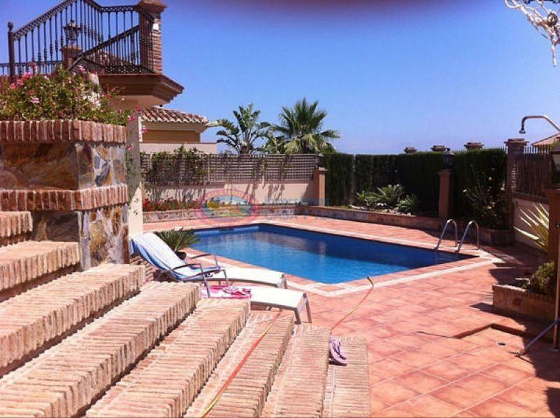 Villa en venta en Torre del Mar en Vélez-Málaga (El Peñoncillo, Málaga)
