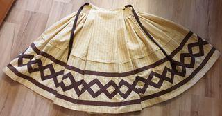 Falda de baturra