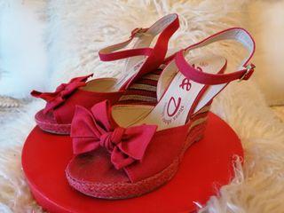 Zapatos espartos rojos