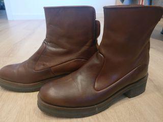 botines de piel marrón