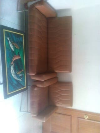 Juego de sofás y mesita
