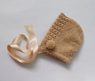 Capota bebé beige lana 0-3 meses, nueva