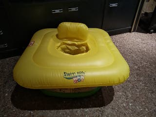 flotador y piscina bebes