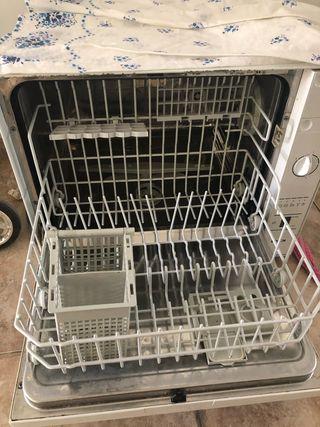 Lavavajillas 6 servicios