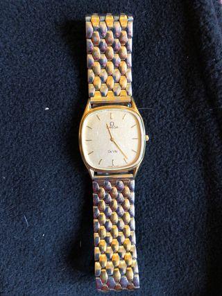 Reloj OMEGA extra plano