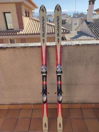 Esquís Blizzard 165 + botas Salomon 26'5