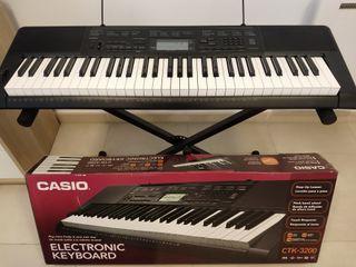 Piano Eléctrico Casio + Soporte