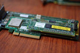 CONTROLADORAS SMART ARRAY SAS-SCSI