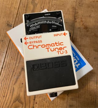 BOSS TU-3 Chromatic Tuner pedal afinador
