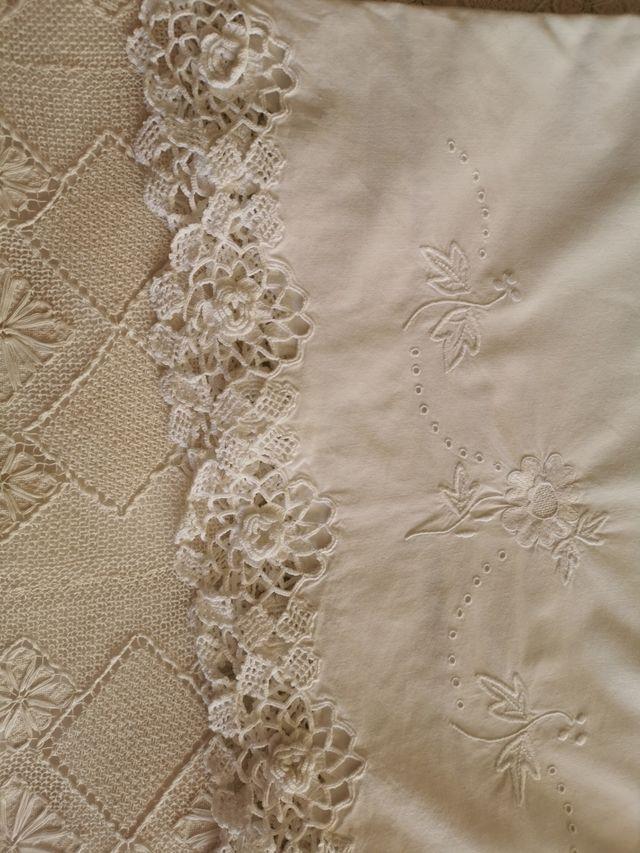 sábanas bordadas