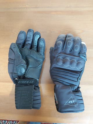 Guantes moto GORE-TEX Dainese.