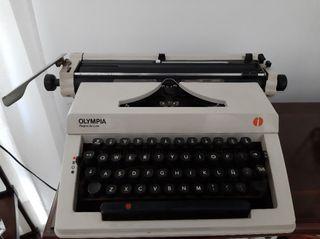 Máquina escribir Olympia