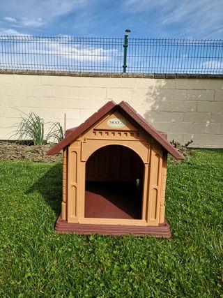 Caseta perro jardín