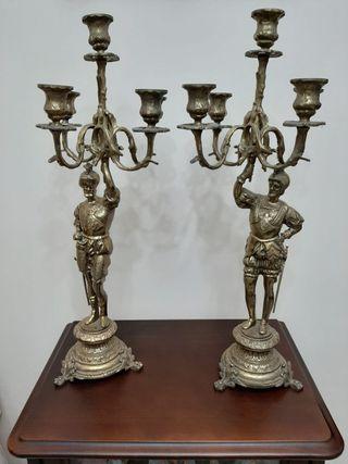 Candelabro vintage de bronce