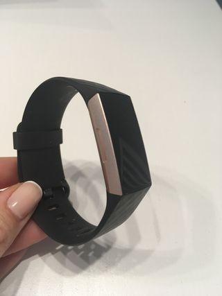 Pulsera Actividad Fitbit Charge 3 en Garantia Pay