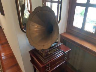 Gramófono His Master Voice