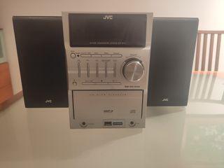 Reproductor de música + Altavoces JVC