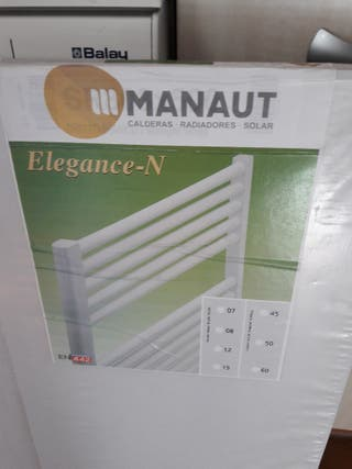 Radiador toallero Manaut nuevo agua