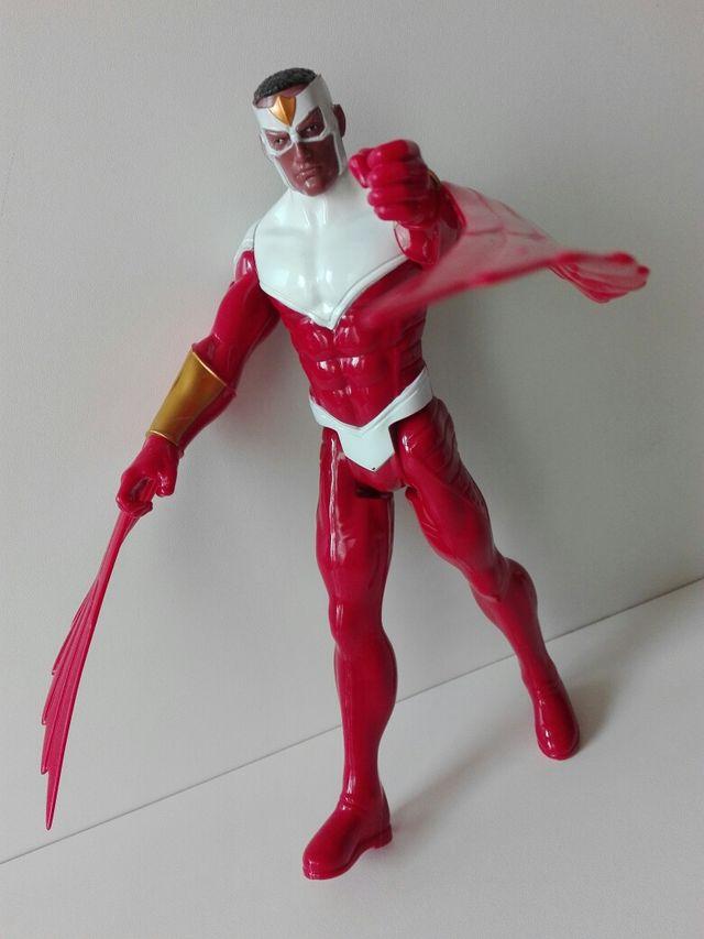 Figura Falcon Los Vengadores Marvel Hasbro (2014)